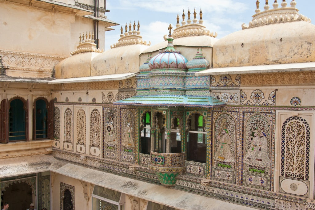 city_palace_udaipur_by-antoine-taveneaux-own-work-cc-by-sa-3-0-http-creativecommons-orglicensesby-sa3-0-via-wikimedia-commons