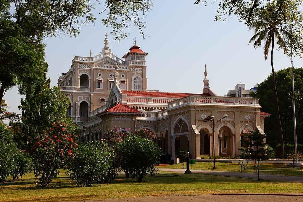 Gandhi_Aga_Khan_Palace_Pune_by_Ramnath_Bhat