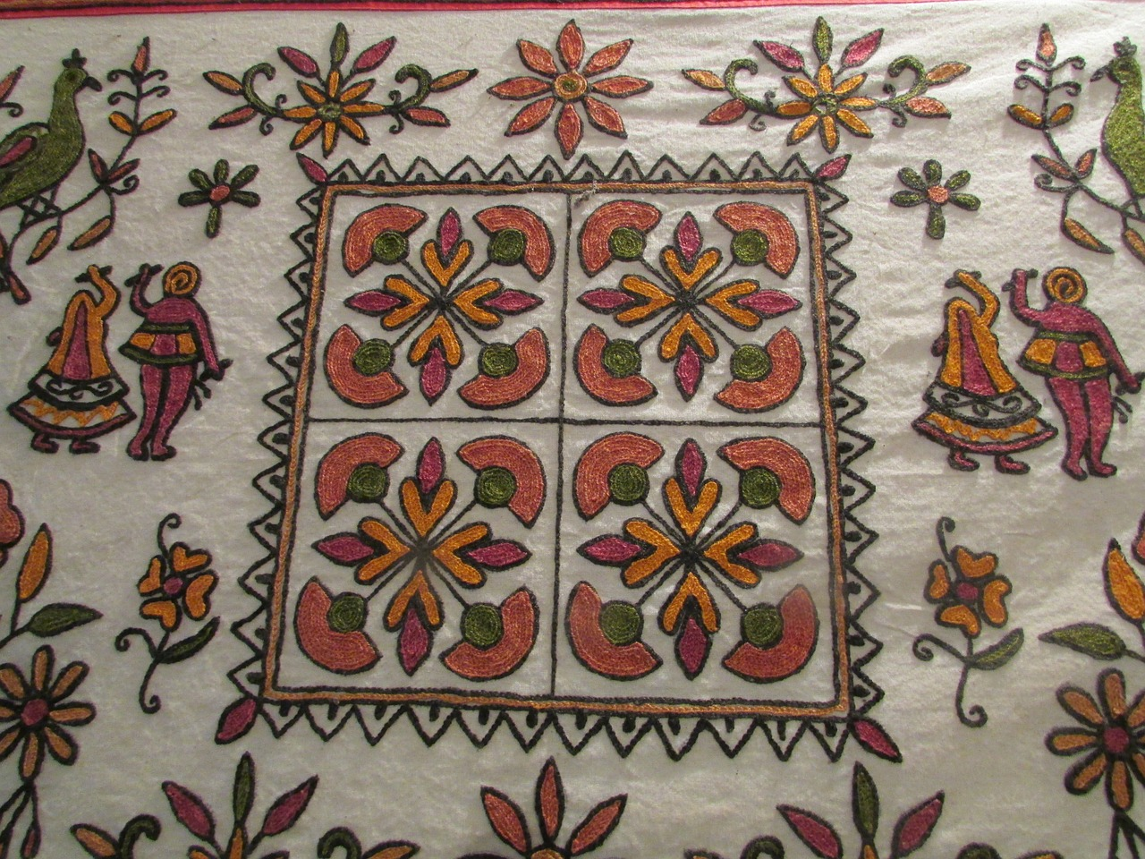traditional-hand-work-239270_1280