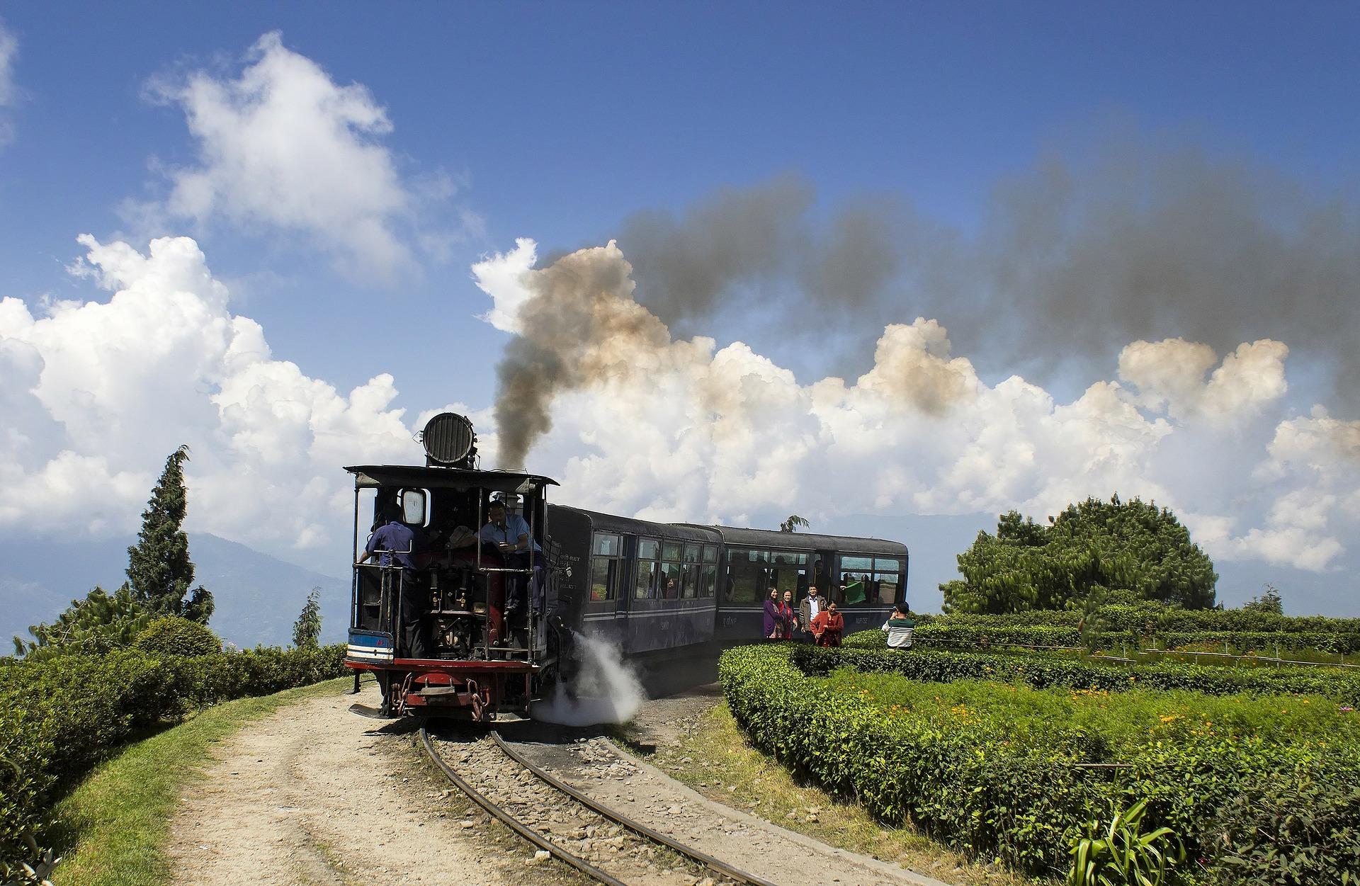 darjeeling-197611_1920