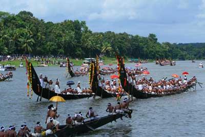 Aranmula Snake Boat Race, Kerala.